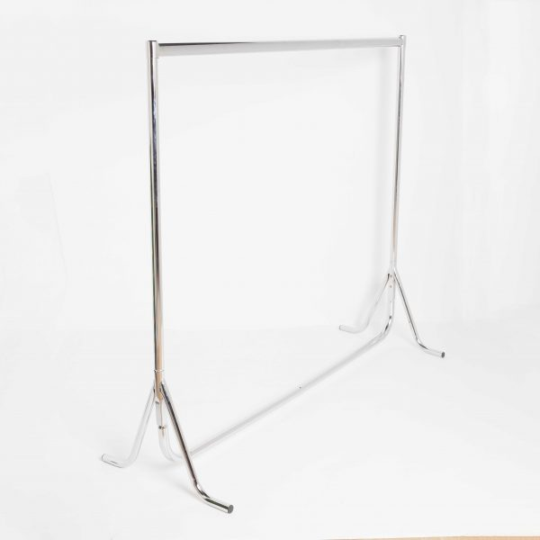 Chrome Clothes Rails With Fishtail Feet (3 - 6 ft Long)