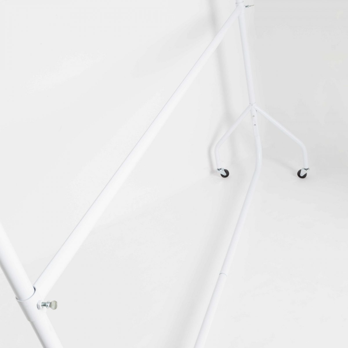 White Clothes Rail With Wheels (3-6 ft Long)